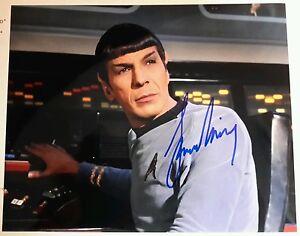 Leonard-Nimoy-STAR-TREK-AUTOGRAPH-Classic-Spock-Style-B
