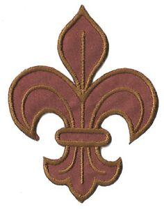 Patch-ecusson-patche-fleur-de-lys-marron-brode-thermocollant