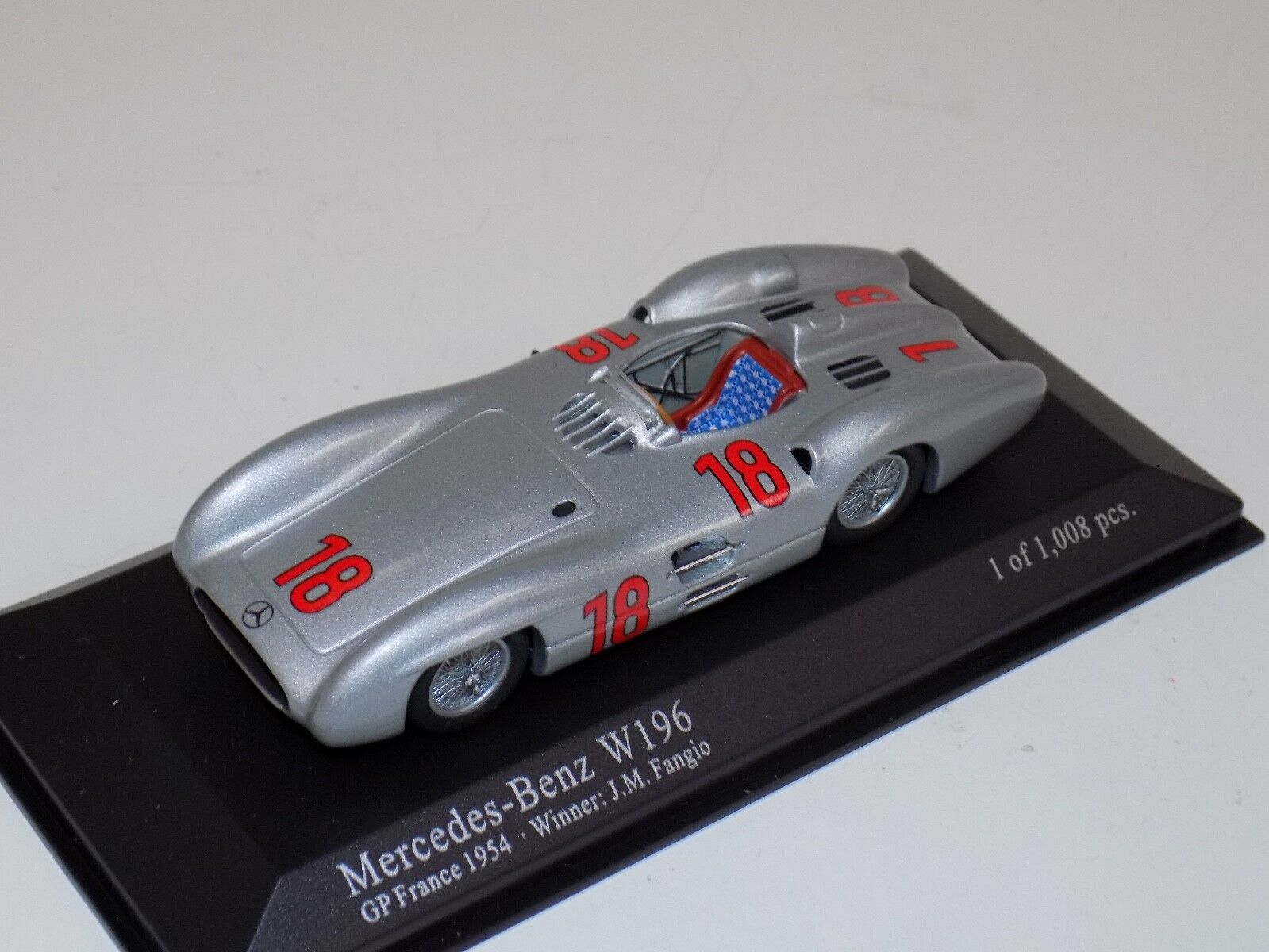 1 43 MINICHAMPS MERCEDES BENZ W196 GP de France 1954 vainqueur J.M. FANGIO
