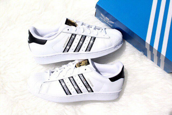 Bling Bling Bling Adidas Superstar Med Swarovski Kristaller  förstklassiga kvalitet först