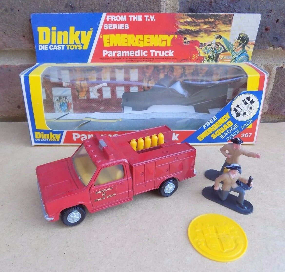 Dinky 267 paramédico camión (en Caja)
