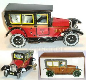 MS805-Red-Classic-Paya-Taxi-Retro-Clockwork-Wind-Up-Tin-Toy-w-Box
