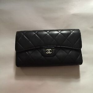5a06607c69fa Image is loading pre-loved-authentic-CHANEL-classic-flap-WALLET-clutch