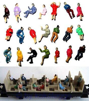 F32 - 100 Stück H0 Figuren sitzend nur SITZENDE ideal für Waggons als Reisende