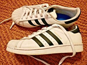 shell front superstar Adidas white