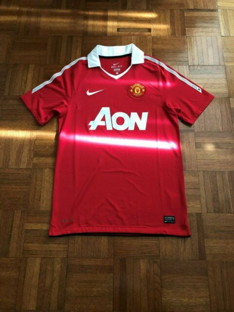 ab26e2bd8b8 Manchester United Men`s Small Premier League Football Red Nike Soccer Jersey