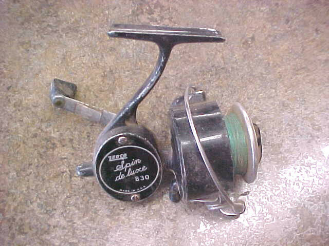 F2 Vintage Rare zebco Spin De luxe deluxe model 830 USA spinning fishing reel
