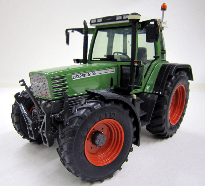 Fendt Favorit 514C 1995-1999 Tractor 1 1 1 32 Model WEISE-TOYS ff7261
