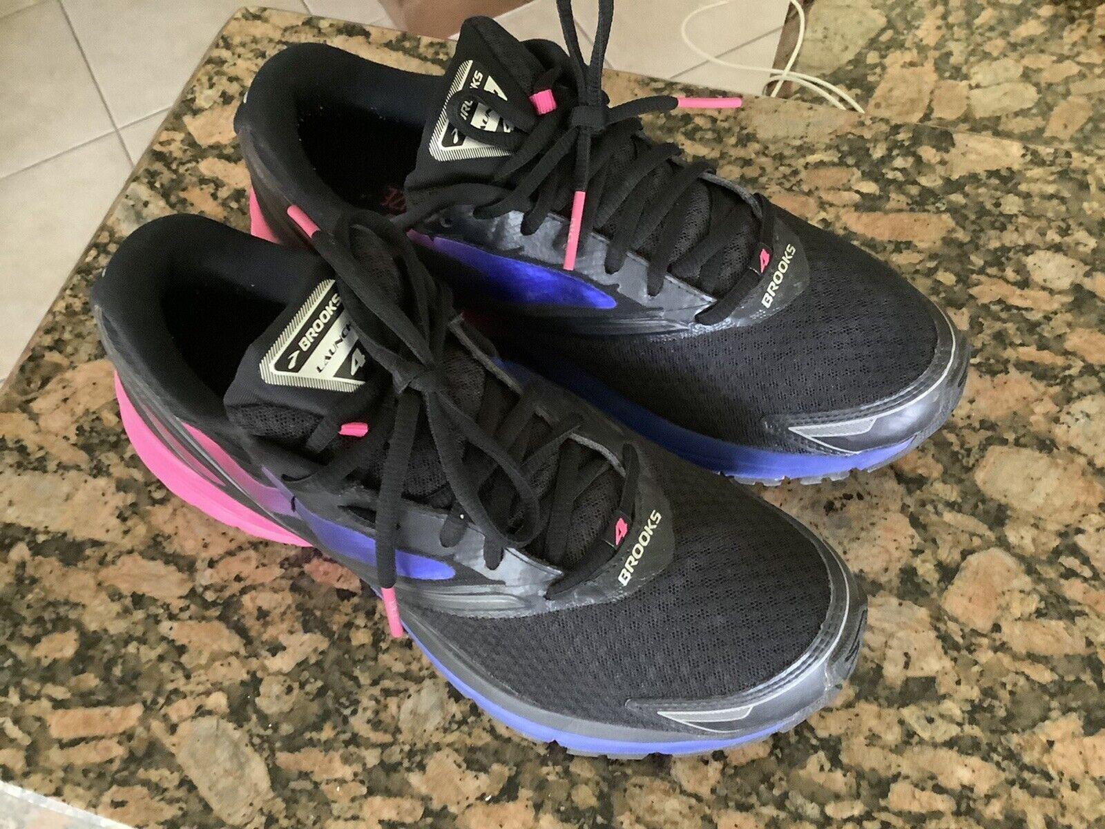 Silver 9.5 B M Women Running Shoe