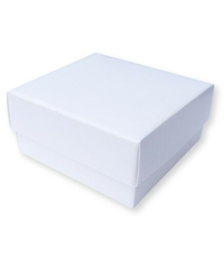 1 WHITE 3 x 3 INCH BOX WITH LID SOAPS, CAKES GARMENTS GIFTS