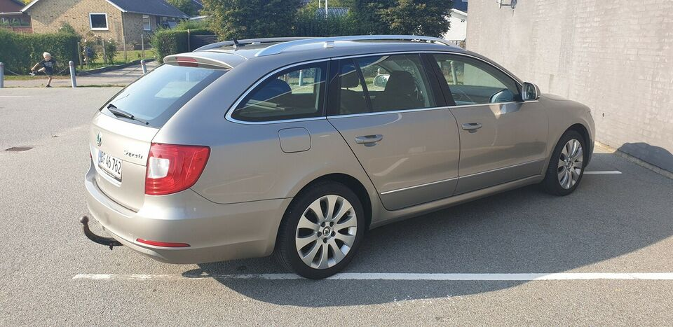 Skoda Superb, 1,4 TSi 125 Elegance Combi, Benzin