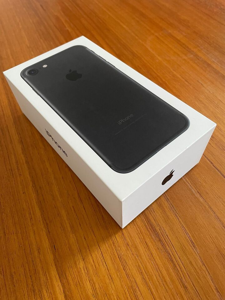 iPhone 7, 32 GB, sort
