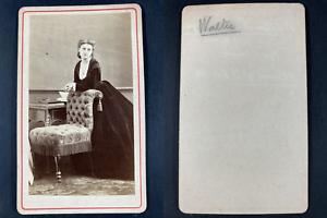 Walter, comédienne Vintage cdv albumen print CDV, tirage albuminé, 6 x 10.5 cm