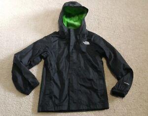 5e7323577542 The North Face Zipline Boy s M 10 12 Rain Jacket Hyvent