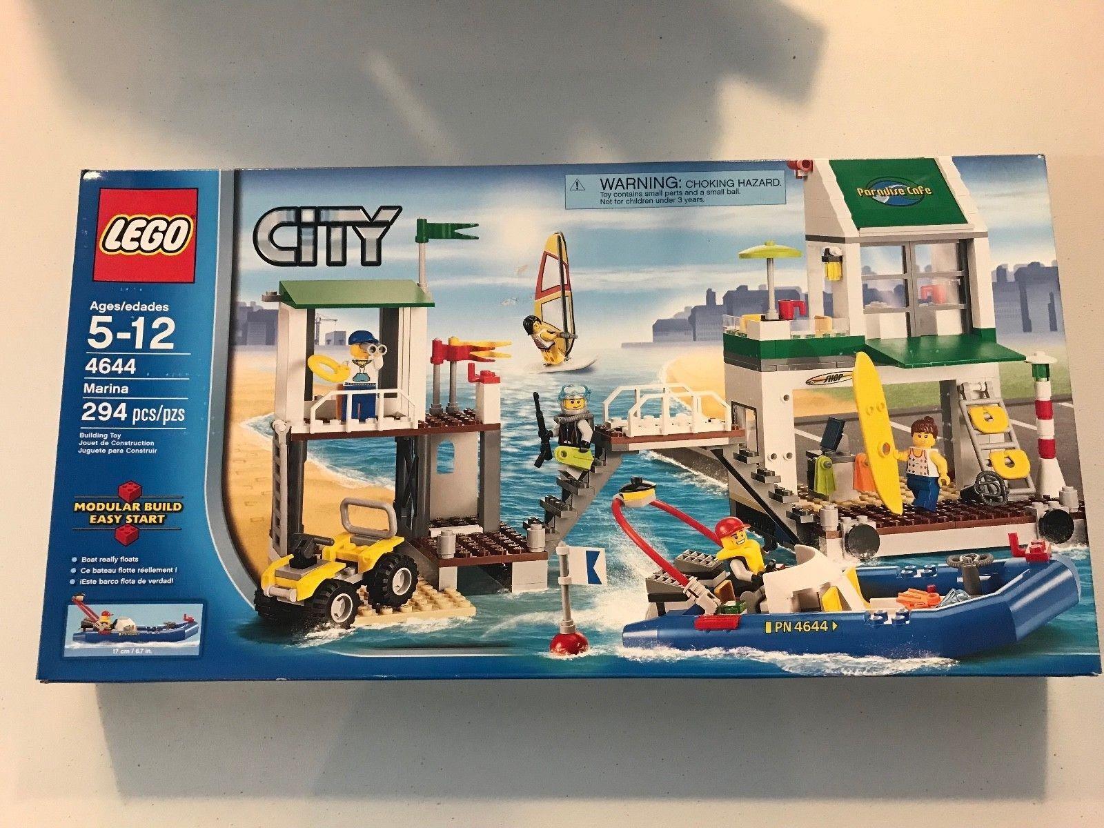 Lego 4644 Marina Brand New Factory Sealed 294 pieces Modular Boat Really Floats