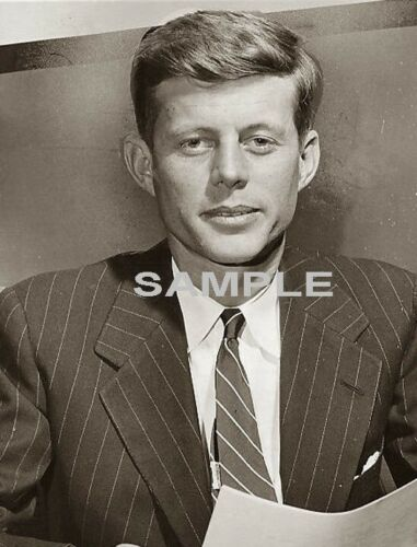 1946 Young  JOHN F KENNEDY PHOTO 136-v