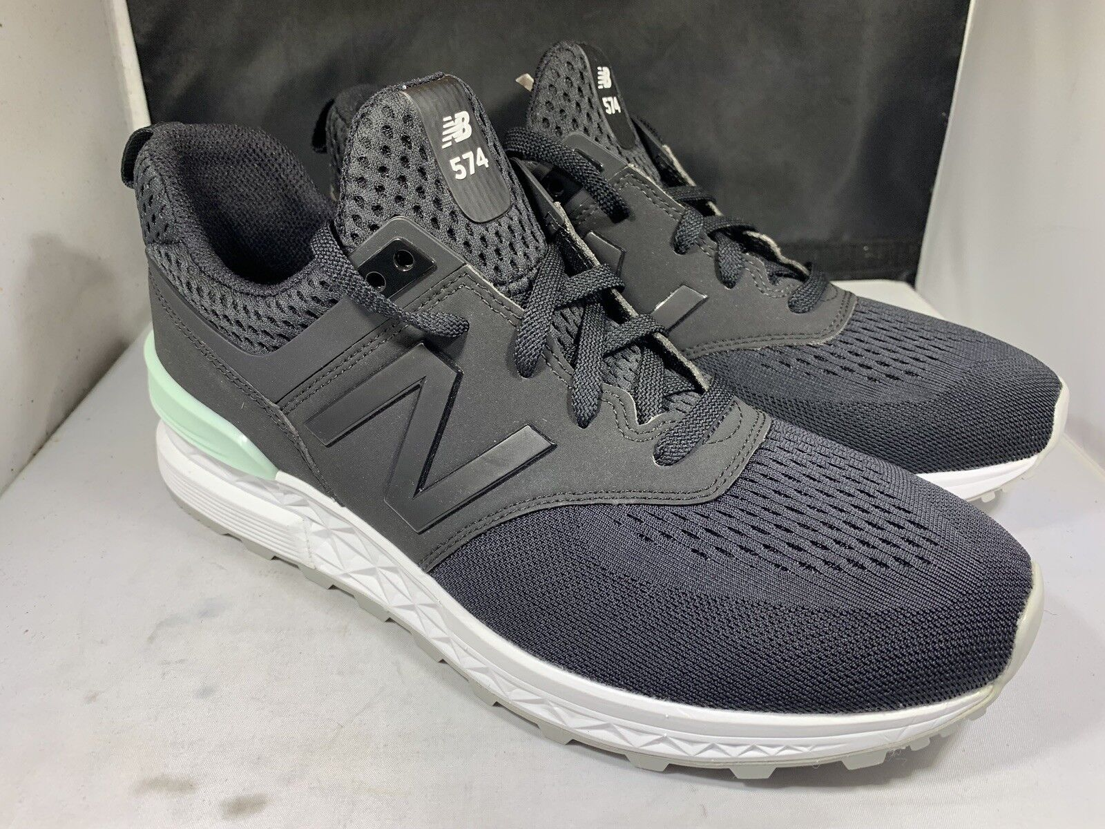 New Balance Men's MS574TMB black and white tennis shoes size 13d (nb48)