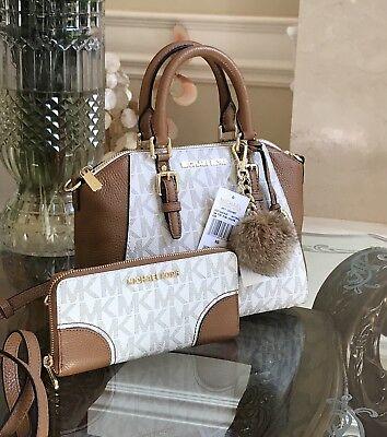 Michael Kors Ciara Medium Messenger PVC Leather 35s7gc6m8b