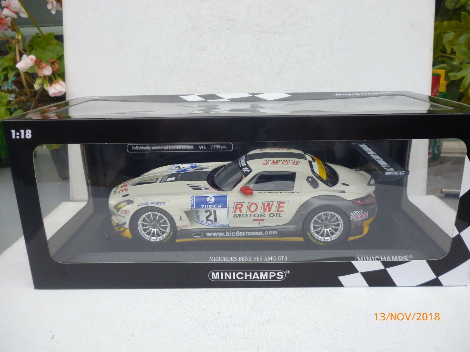 Minichamps Mercedes-Benz SLS AMG GT3 2012 1 18  21 24h NürburgringNEW OVP