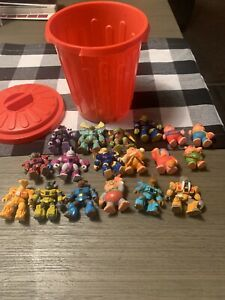Lot-of-12-Vintage-Hasbro-Takara-Battle-Beasts-Action-Figures-And-Soma-1986-1987