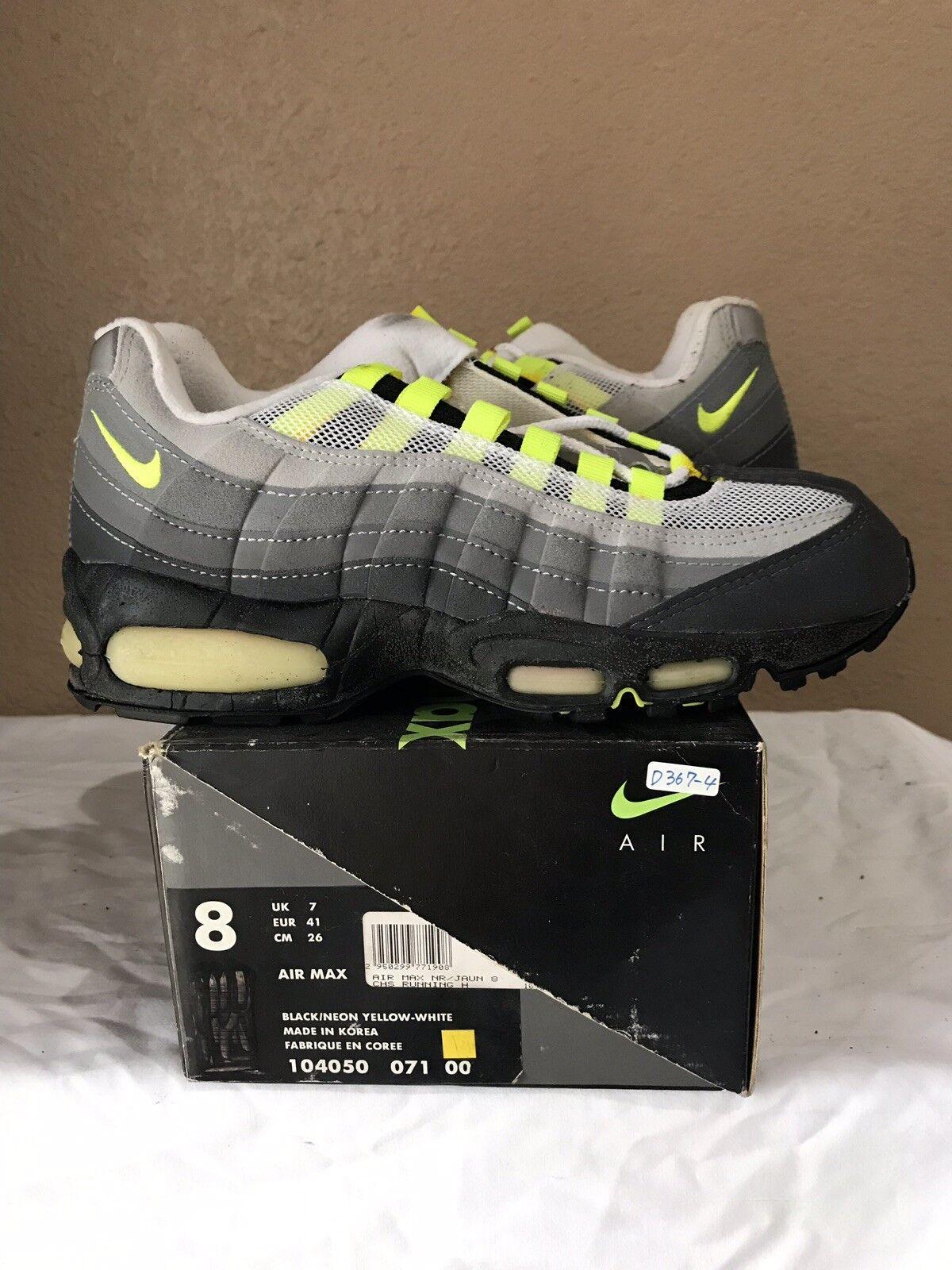 DS 1995 Nike Air Max 95 OG Original Size 8 Black Neon Yellow White 96 98 99 97