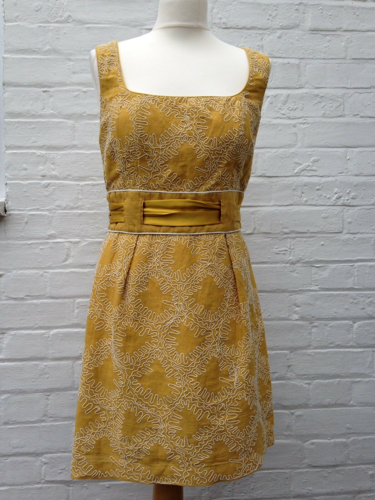 French Connection Ladies mustard linen & cotton Dress with silk belt UK Size 12