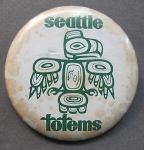 """uncommon style 1960's SEATTLE TOTEMS HOCKEY 2.25"""" pinback button"""