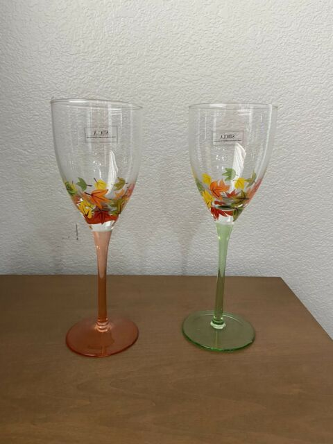 Wine Glasses Pair With Tall Stems And Fall Autumn Hand Painted Leaves |Sticla
