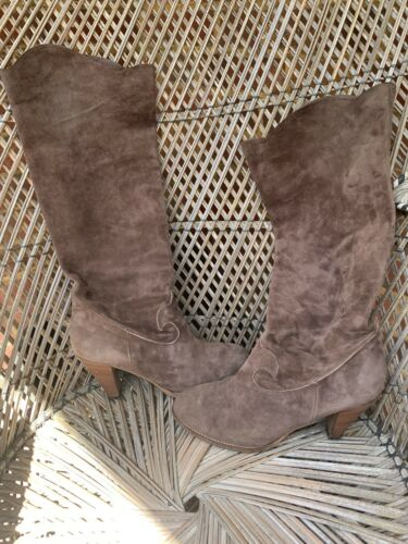 Yin ,Suede Knee High Boots, Size Uk7, Eur 40