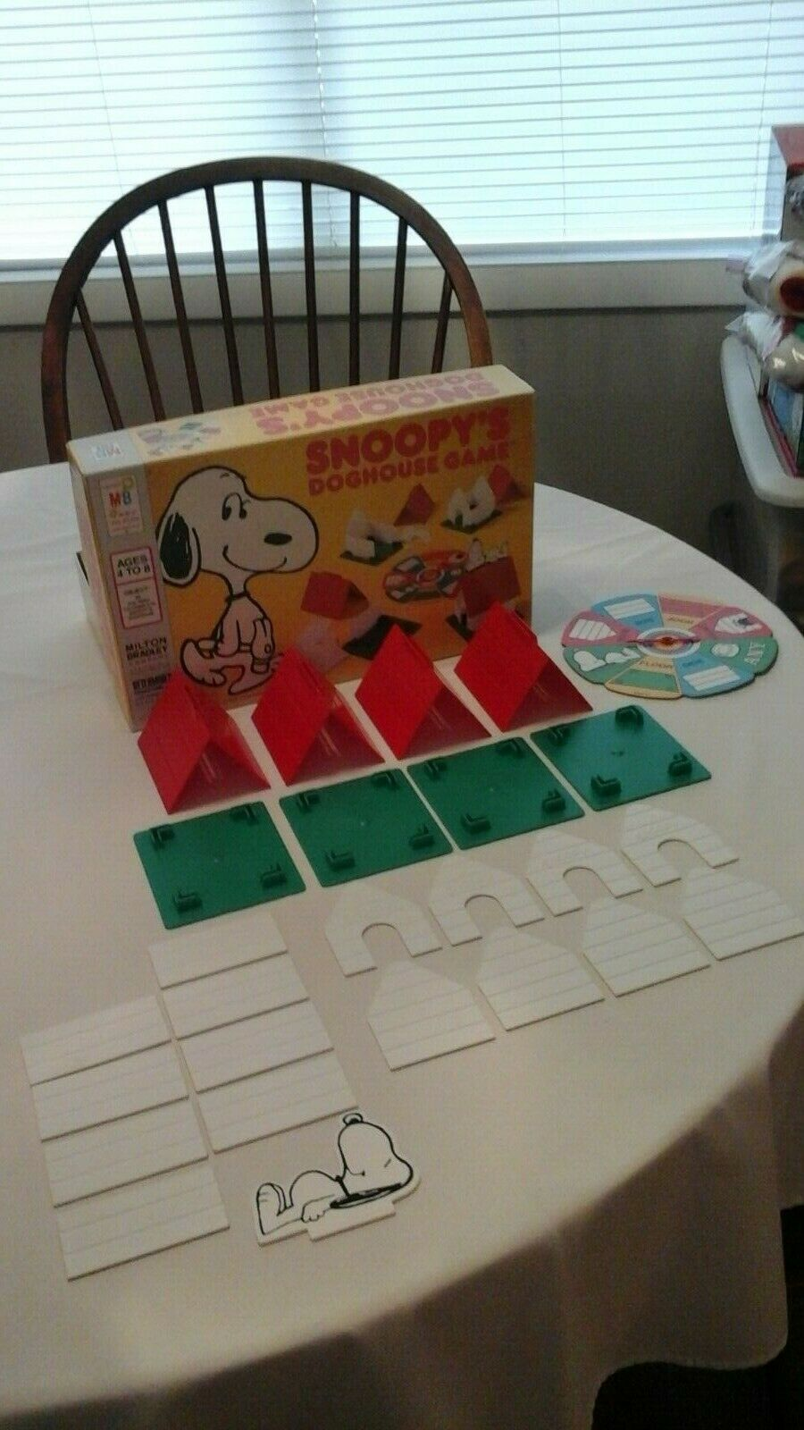Vintage Snoopy's Doghouse Game Complete 1977 4-8
