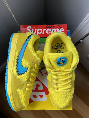 Nike SB Dunk Low Grateful Dead Bears Yellow Size 9