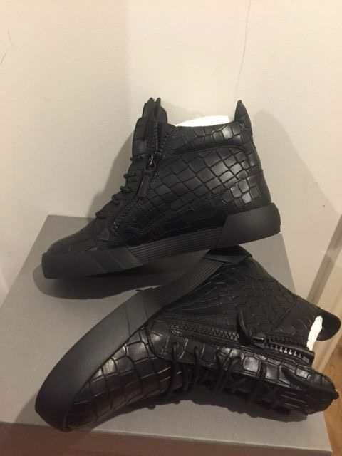 GIUSEPPE ZANOTTI The Shark 5.0 High-Top Sneakers Size