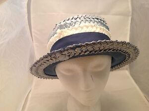 Vintage-Ladies-Hat-Woven-Tri-Color-Blue-and-White-Blue-Grosgrain-Ribbon-Bow