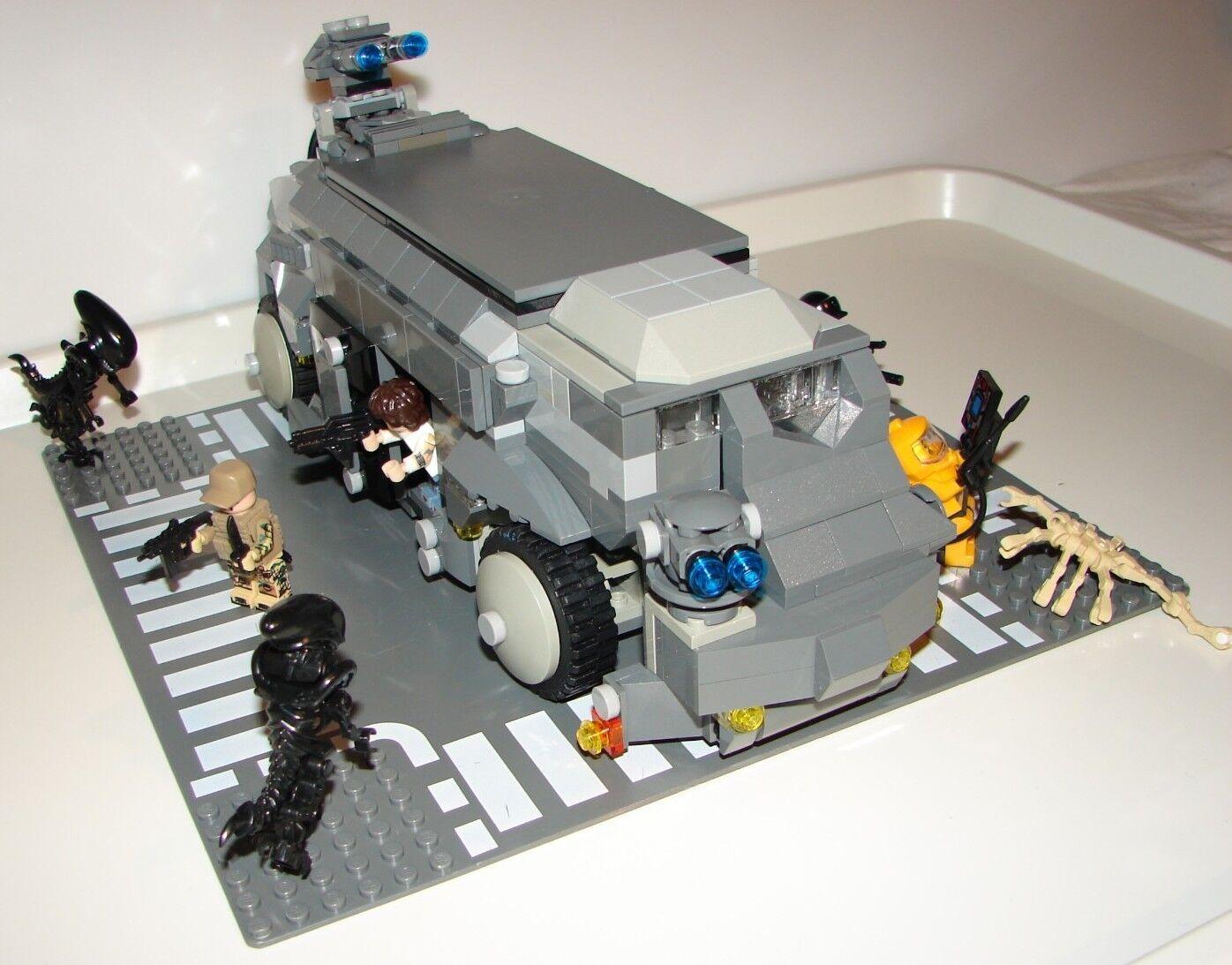 Alien Véhicule M577 APC 100% Lego  9 personnages compatibles Lego.