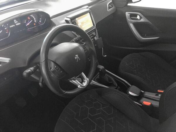 Peugeot 2008 1,2 VTi 82 Active Sky billede 6