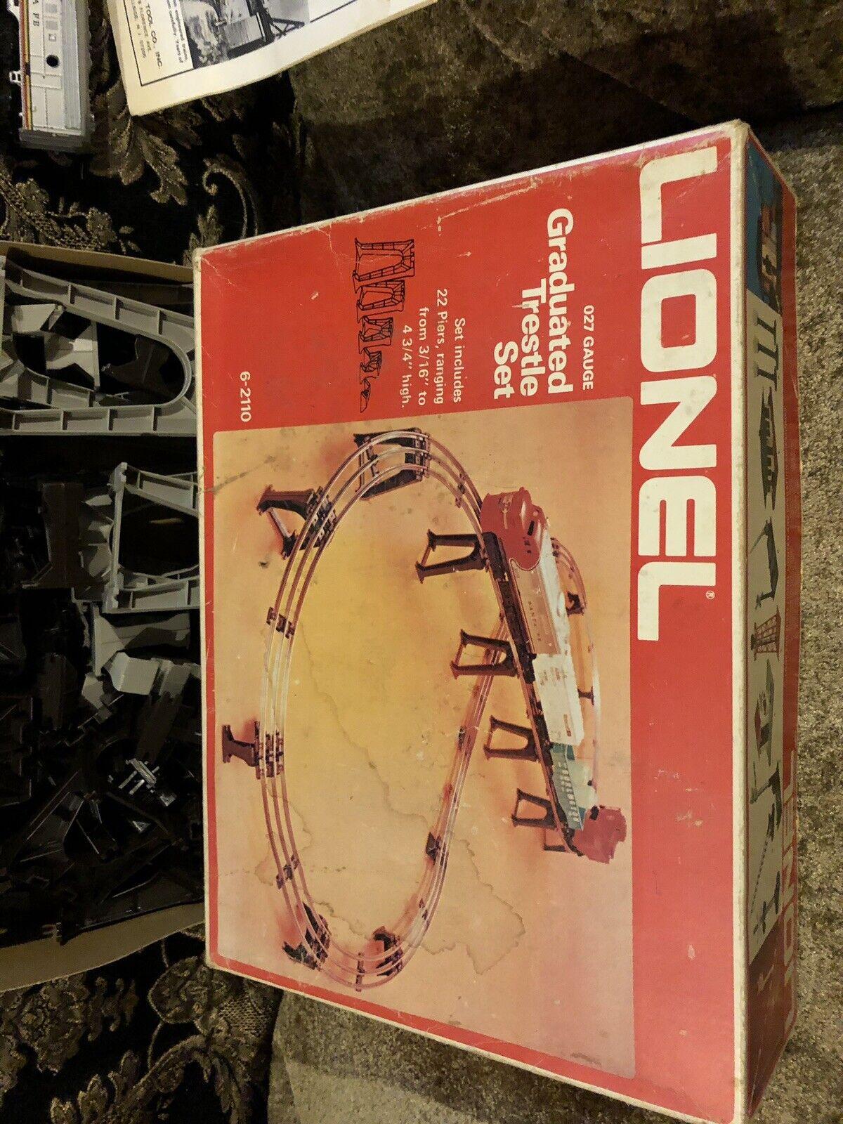 Lionel GRADUADO CABALLETE SET No.6-2110 - Caja Original Completo 027