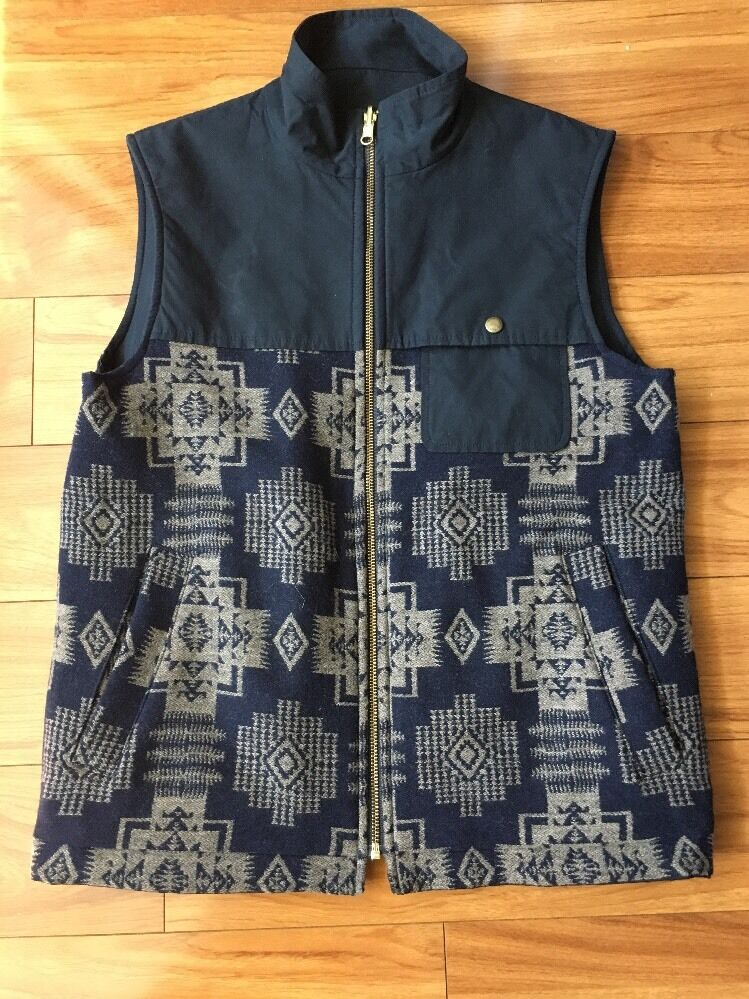 Sold out unisex Pendleton Portland Collection Pinehurst vest in  S