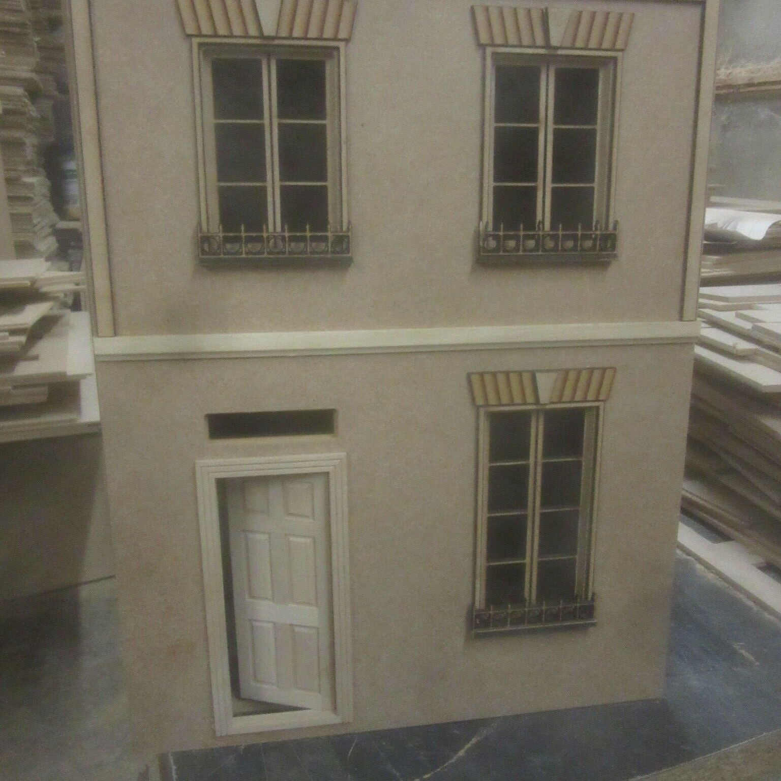 1 12 scale Dolls House French House No1 12DHD502