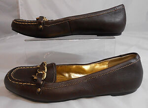 5f63c3bfb39 Yellow Box ANNIE Womens Flats Loafers Size 8 Leather Mock Gold Chain ...
