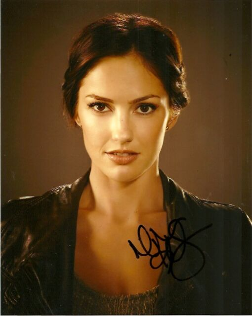 Almost Human Minka Kelly Autographed Signed 8x10 Photo COA