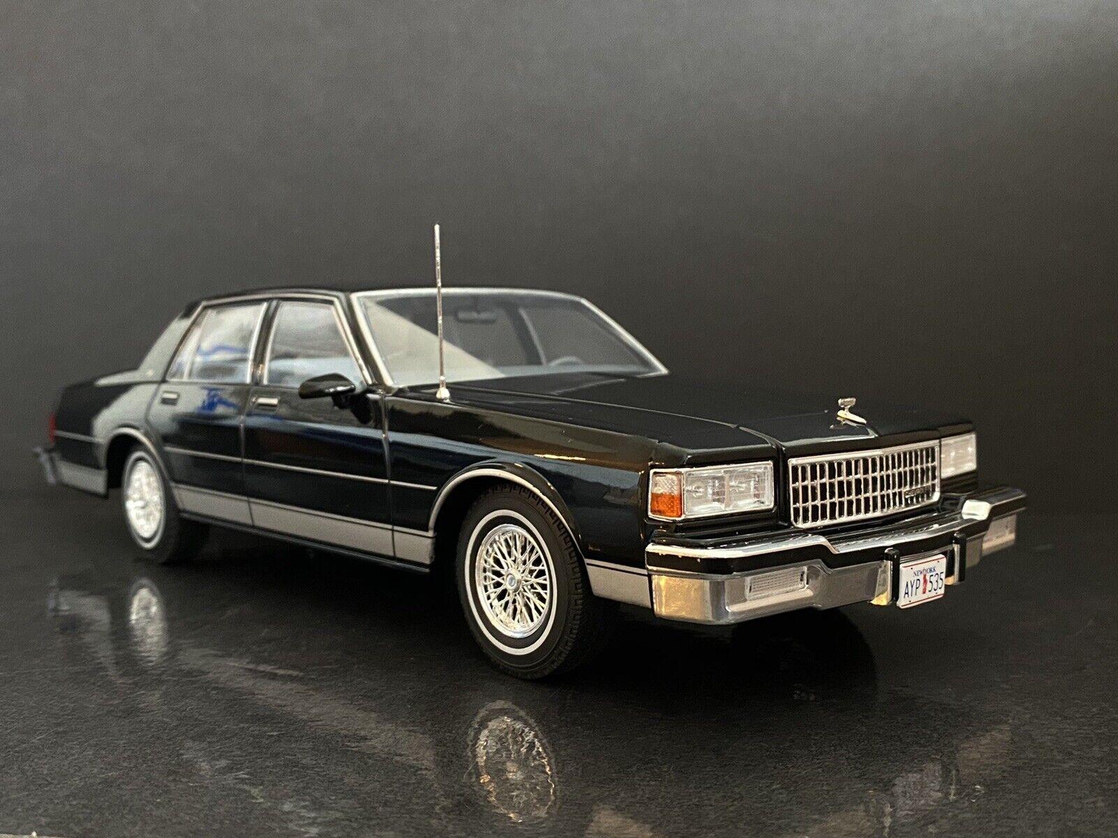 chevrolet caprice classic sedan police 1985 mcg 18039 1 18 for sale online ebay 1985 chevrolet caprice classic black mcg 1 18 htf 1 of 200 made