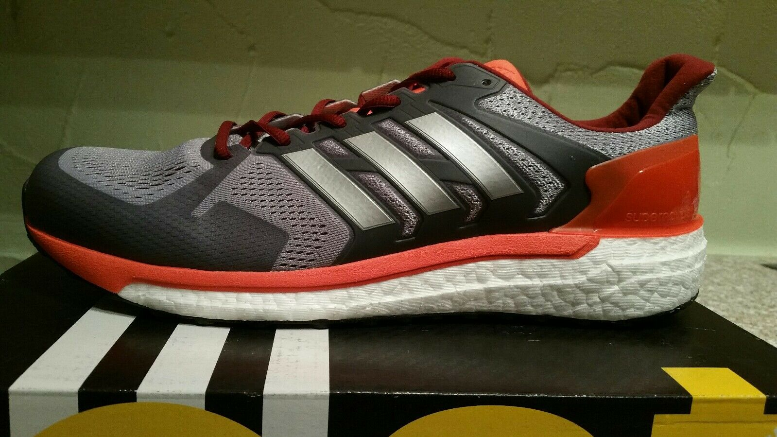 NEW ADIDAS MEN'S SUPERNOVA ST M BOOST RUNNING SNEAKERS SHOES SIZE 8 BB0992