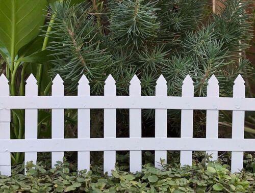 Miniature Dollhouse FAIRY GARDEN ~ White Mini 2¾ Folding Picket Fence ~ NEW