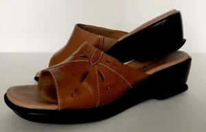d67bcadb51a Image is loading CLARKS-brown-leather-slip-on-mule-clog-shoe-