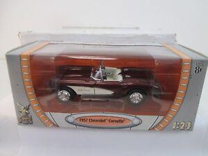 ROAD-SIGNATURE-191130-1-24-Chevrolet-corvette-c1-met-dkl-Rouge-Wei-1957-ws9802