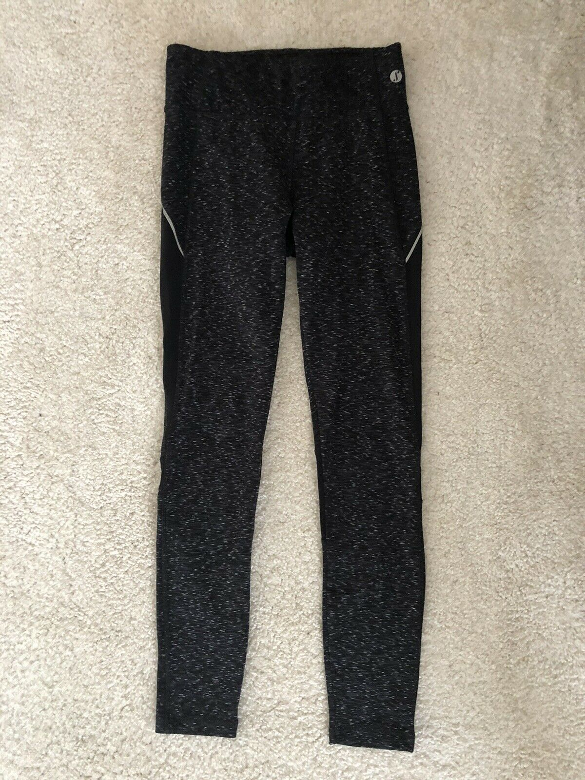 New Look Leggings. Womens. Size Small. Black, Grey And White Pattern.