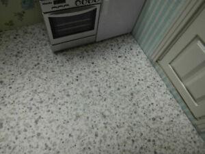 PVC-FLIESEN-Boden,weiß-grau,30x40cm,schön für Puppenstube Küche Badezimmer