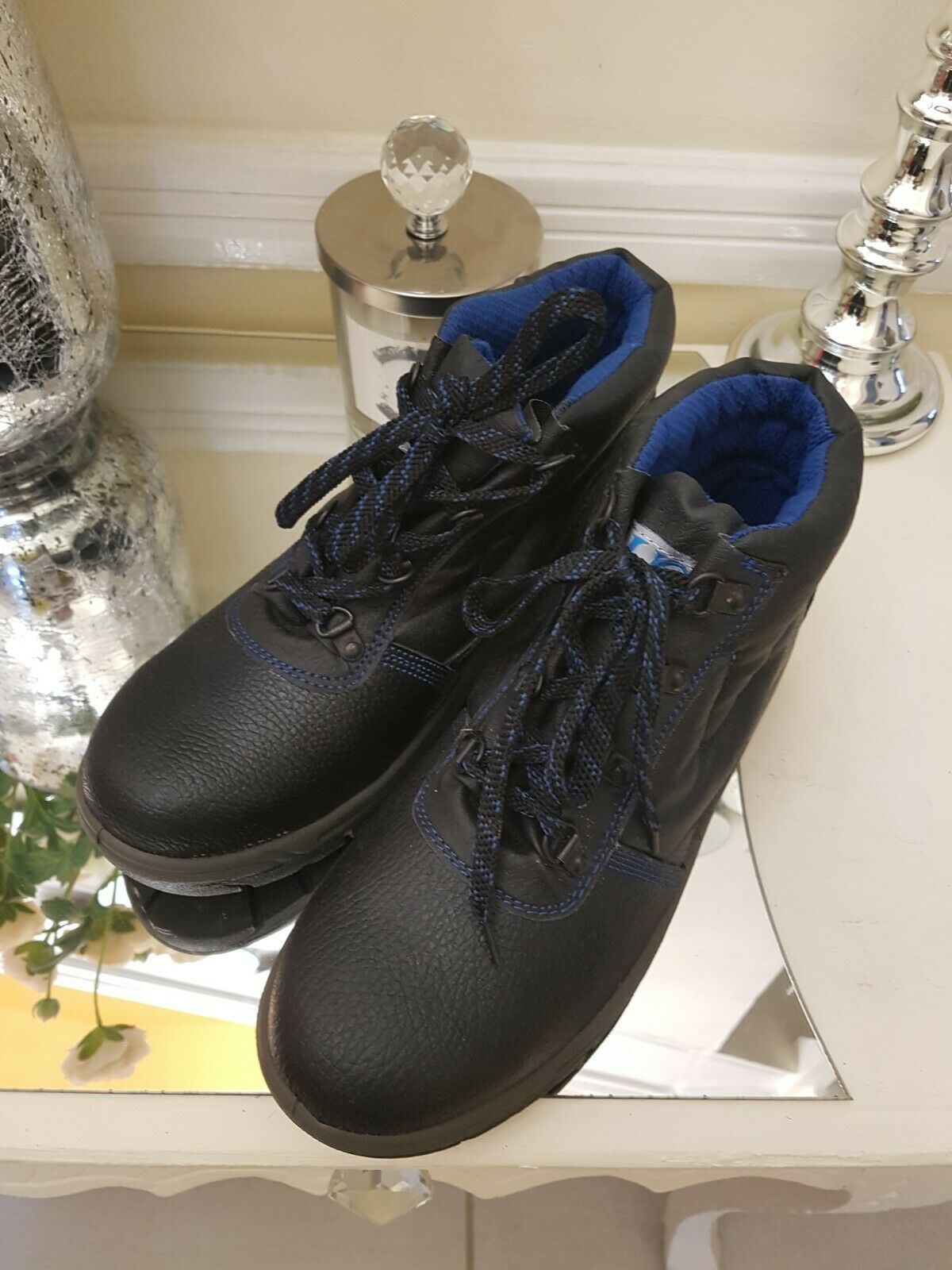 UCI Mens Wirk Safety Shoes Black Sasize Uk 8 Oil And Acid Resistant