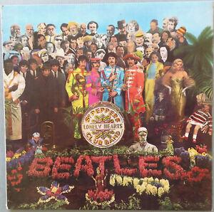 THE BEATLES : Sgt.Peppers : Yellow/Black MONO Vinyl LP : 1st Press 1967 : EXC.-