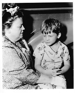 Opie Taylor Aunt Bee In The Andy Griffith Show 8x10 Quality